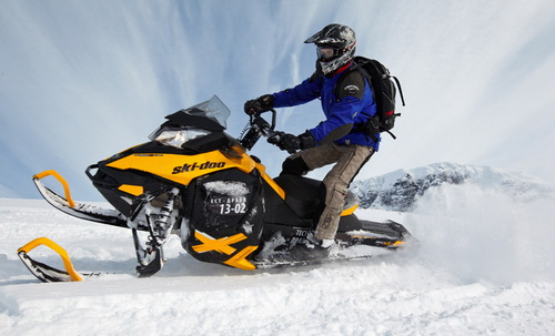 Как выбрать комплектующие подвески и рулевого для снегохода