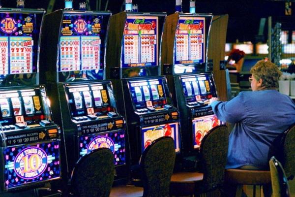 Научиться играть в казино заработок на партнёрках казино